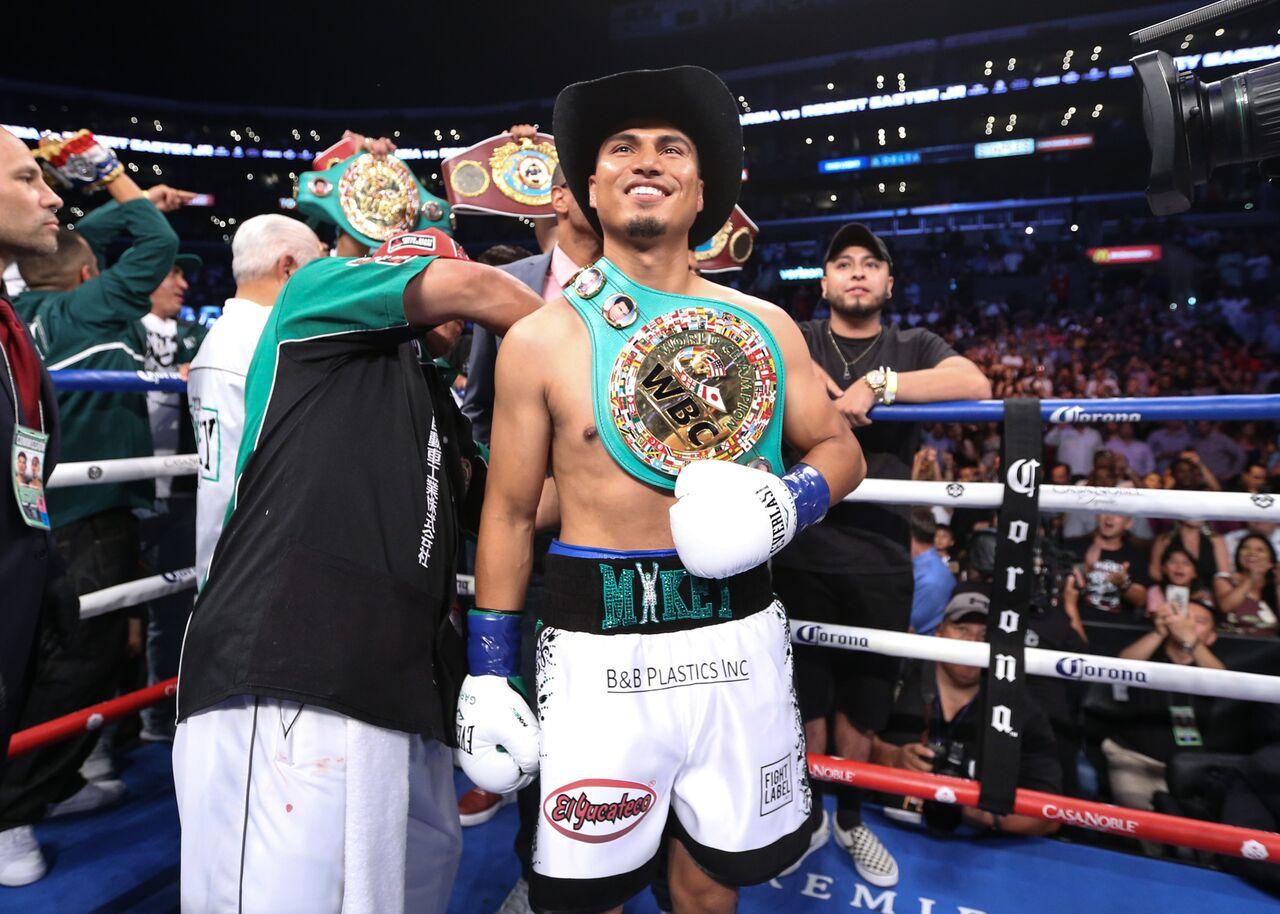 Mikey Garcia, boxing