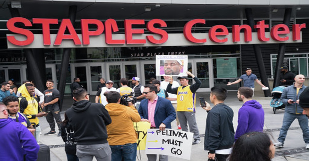 protest, LA Lakers